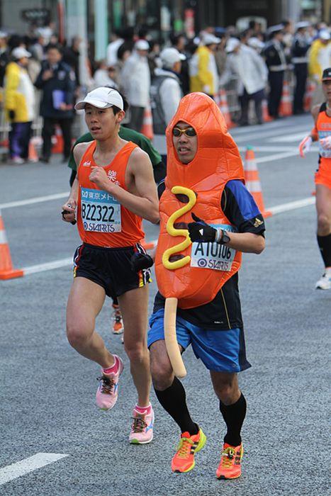 Красивая, смешная картинка про бегунов