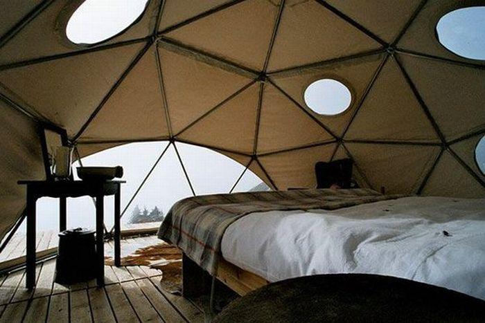 Отель в Альпах (10 фото)