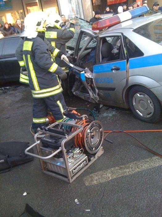 Вчерашняя авария в Москве на Садовом (5 фото)