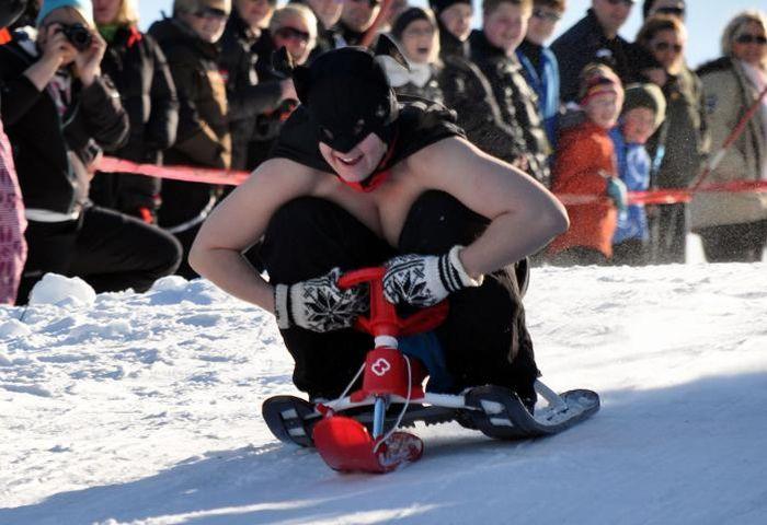 Сумасшедшие гонки (46 фото)