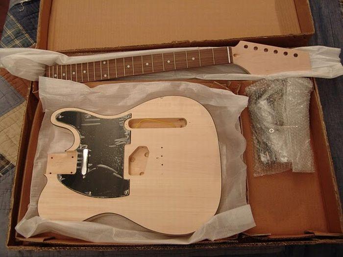 15.03.2011 в 12:48.  Далее.  Никогда мы не подумал, что эта гитара была сделана в домашних условиях.