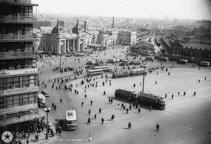 Старая Москва тогда и сейчас (35 фото)