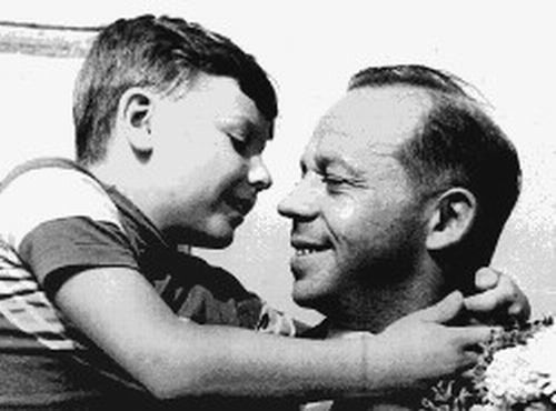Политики и мировые лидеры в детстве (48 фото)