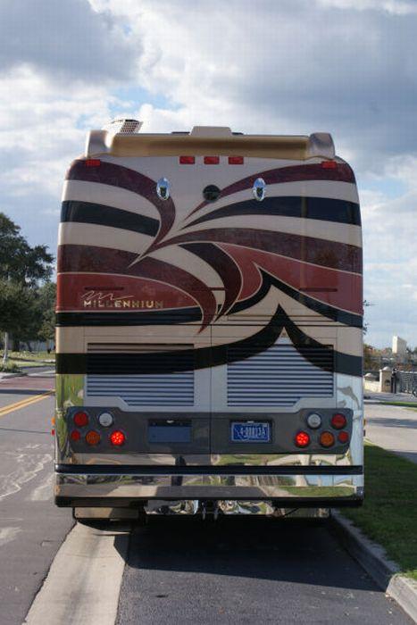 Лучший автобус для путешествий (21 фото)