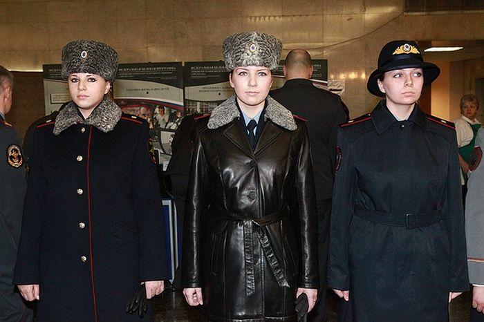 Новая форма полицейских 7 фото