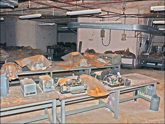 Бункер времен Холодной Войны (71 фото)