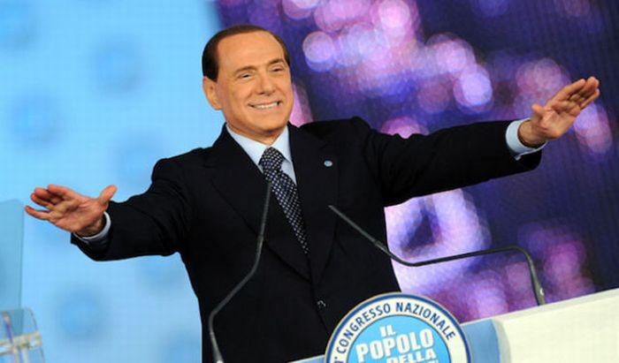 Жестикуляция Сильвио Берлускони (40 фото)