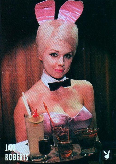Зайчики Playboy 50 лет назад и сейчас (59 фото)