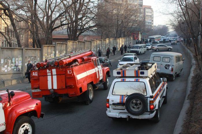 Крупное ДТП во Владивостоке. У автобуса отказали тормоза (45 фото)