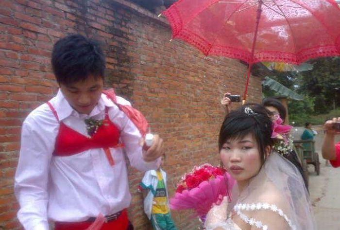 На китайской свадьбе (8 фото)