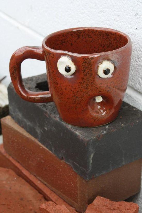 Прикольные чашки и кружки (14 фото)
