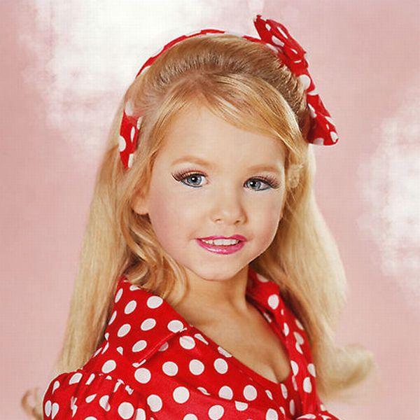 Фотографии участниц детских конкурсов красоты (16 фото)