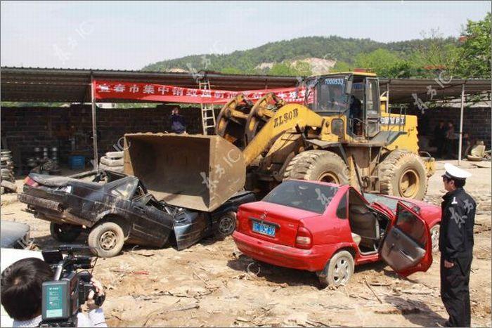 Китайские авто оказались прочнее китайских стен. Выгодно покупать