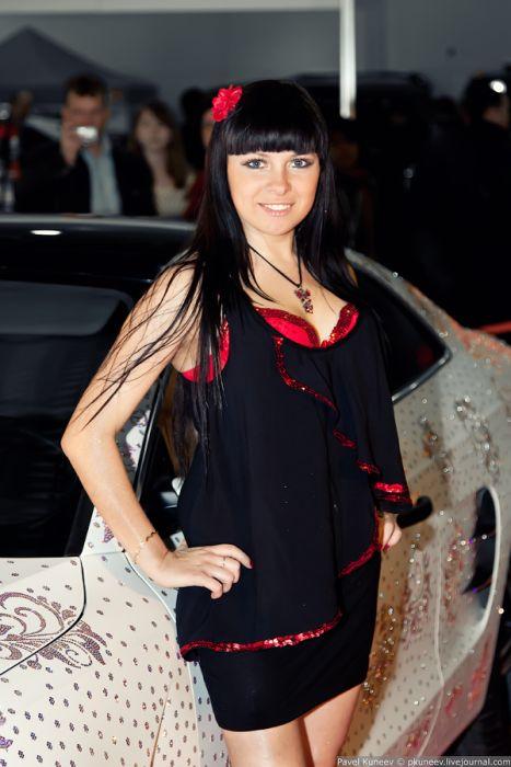 Красивые девушки с Тюнинг Шоу 2011 в Москве (24 фото) НЮ