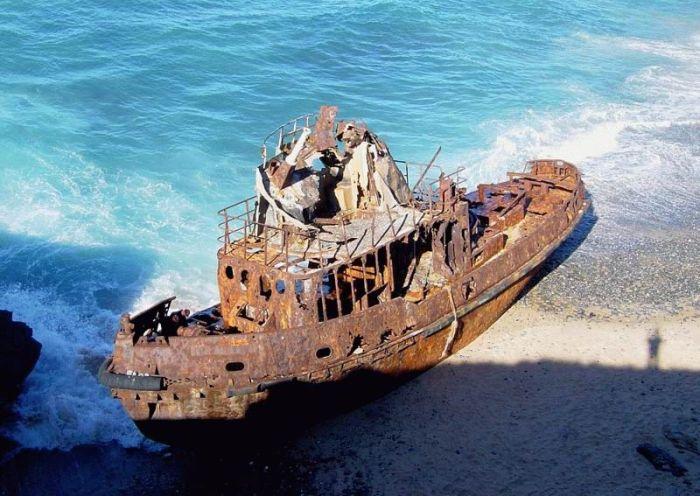 Заброшенные корабли (25 фото)