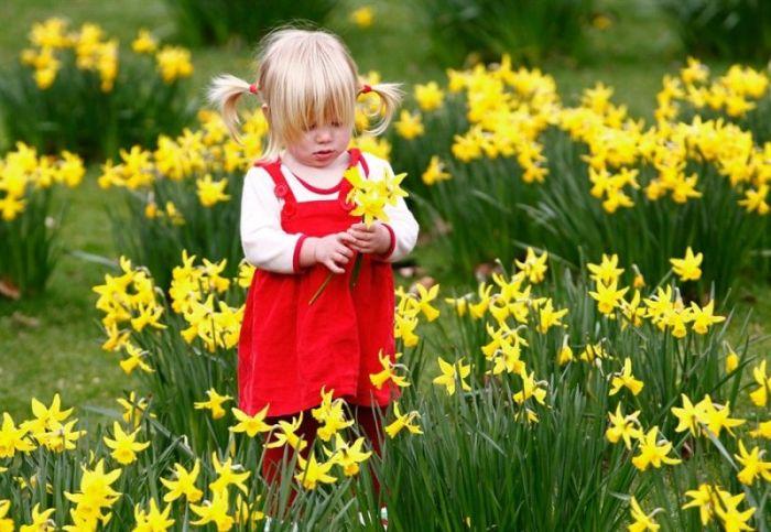 Позитивные детские фотографии (16 Фото)