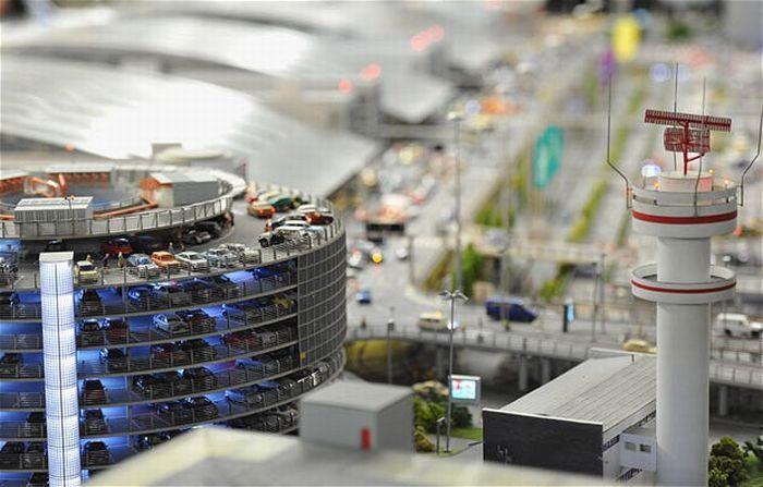 Макет аэропорта (15 фото)