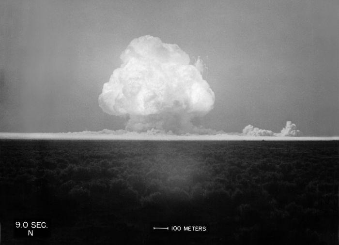 Испытание ядерной бомбы (39 фото)