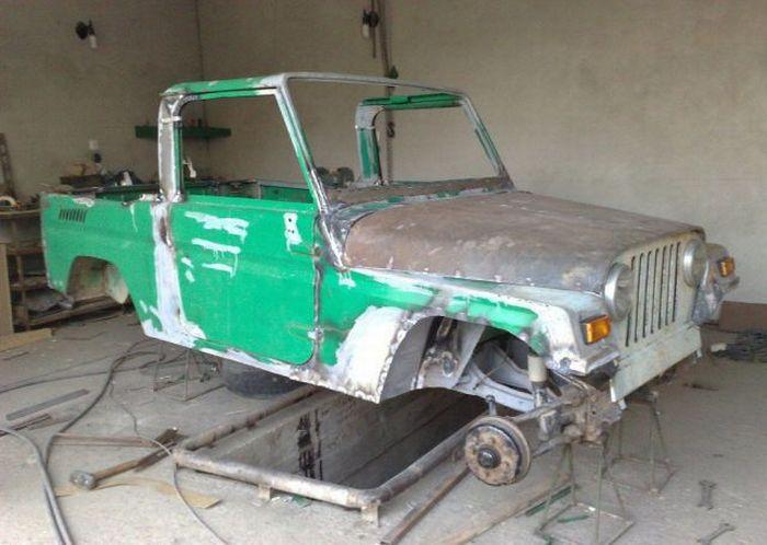 Реставрация автомобиля (13 фото)