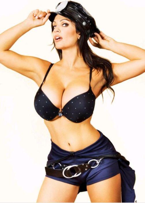 Фото секса с женщиной полицейской фото 745-727