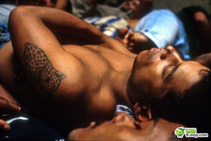 Бразильская тюрьма (25 фото)