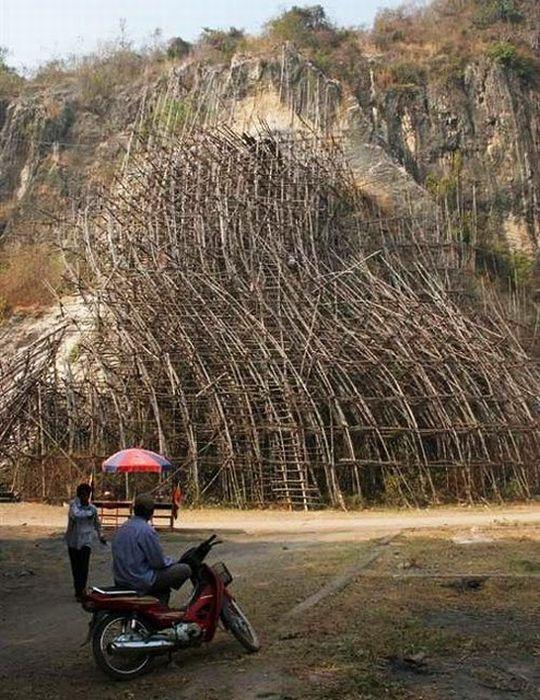 Строительные леса (23 фото)