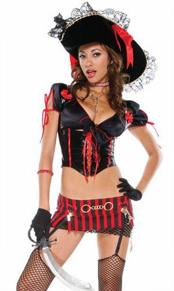 Девушки-пираты (44 фото)