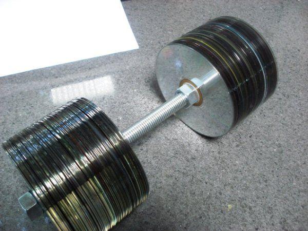 Что можно сделать из ненужных компакт-дисков (8 Фото)
