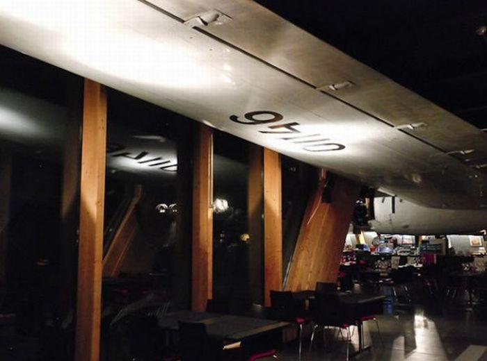 Ресторан-самолет (23 фото)