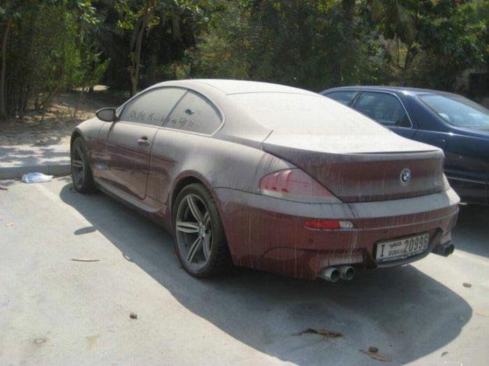Брошенный BMW M6 (8 фото)