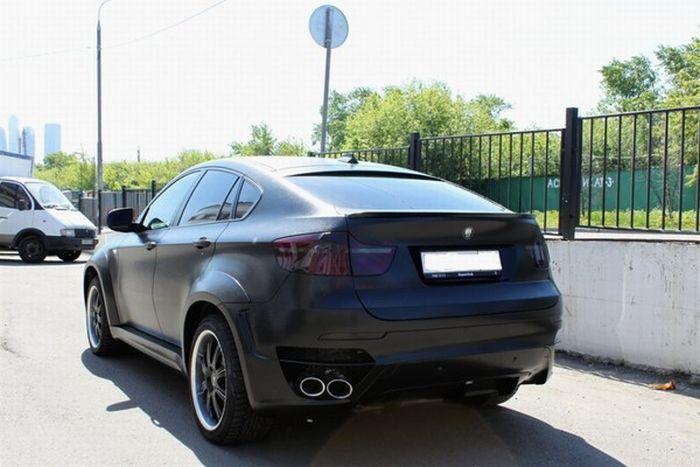 Кожаный BMW X6 в Москве (7 фото)