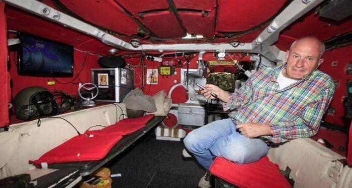 Все удобства внутри транспортного средства (5 фото)