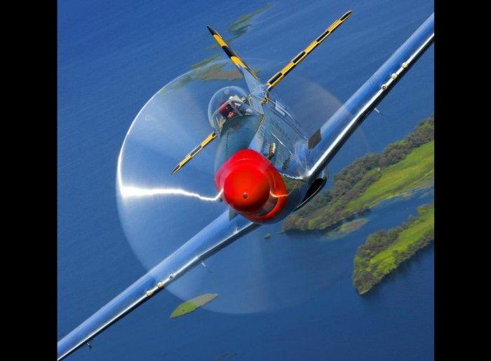 Сногсшибательные фотографии самолетов Пола Боуэна (19 Фото)