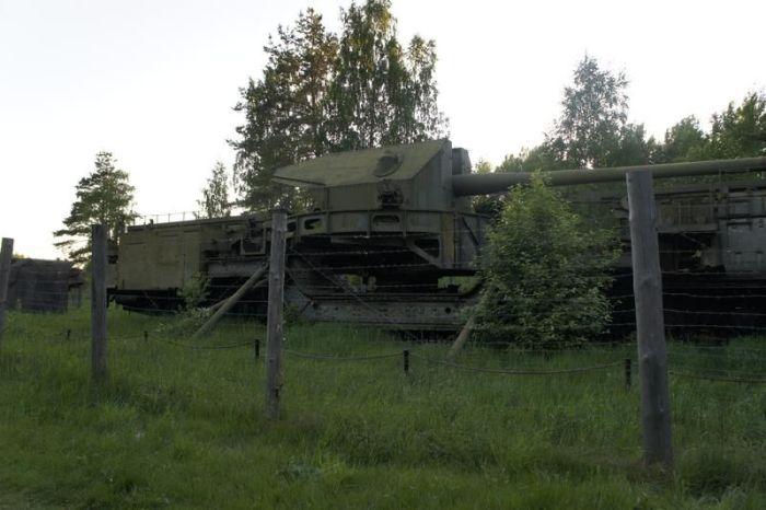 Бронепоезд времен Советского Союза (8 фото)