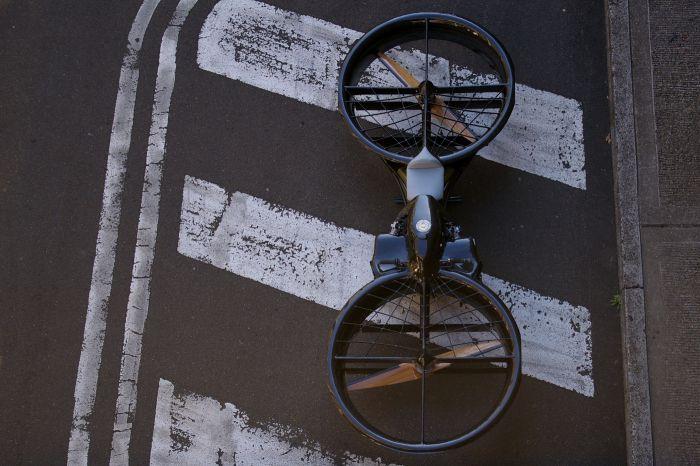 Удивительный воздушный мотоцикл (14 фото)