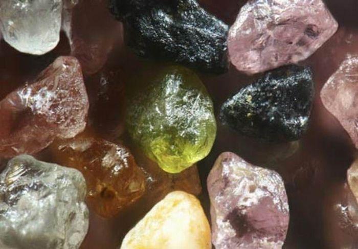 Песок под микроскопом (11 фото)