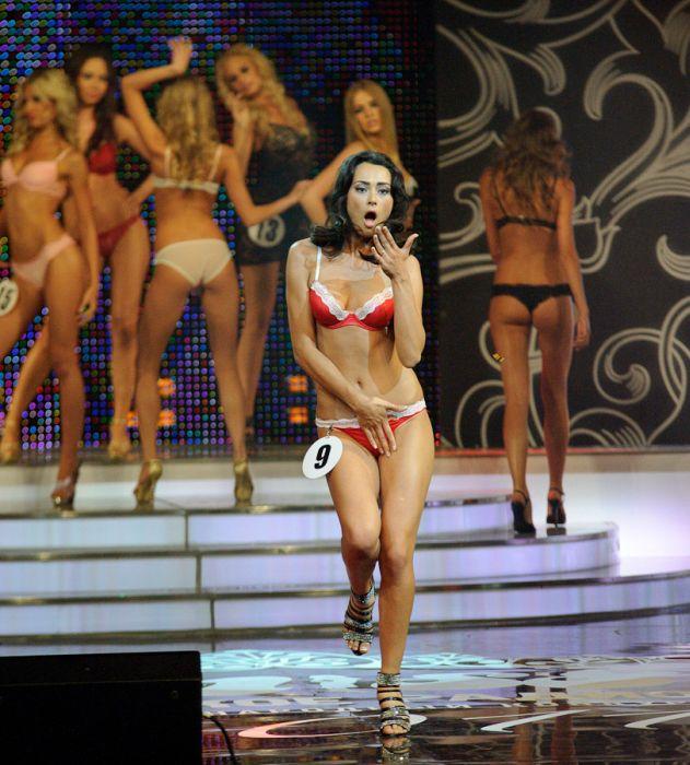 """Конкурс красоты """"Мисс Русское радио"""" (24 фото)"""
