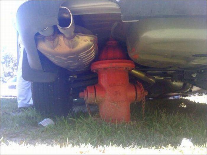 Когда срывают пожарный гидрант (27 фото)