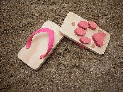 Очень прикольные пляжные тапочки (7 Фото)