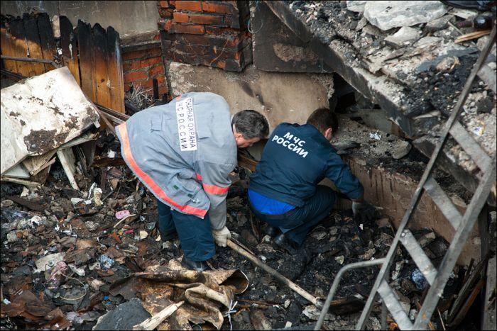 Взрыв гаража (18 фото)