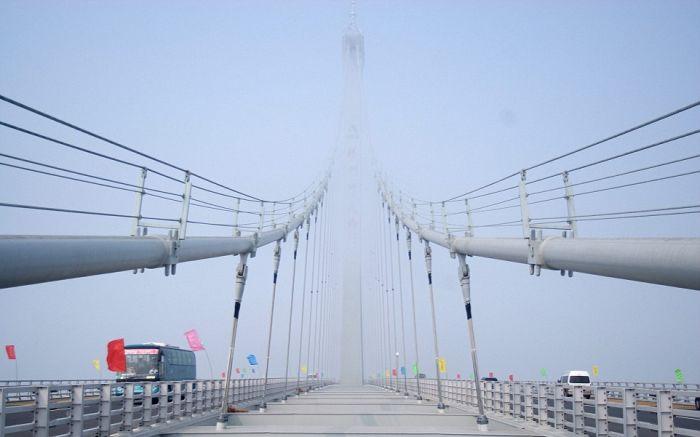 Самый длинный морской мост в мире (14 фото + видео)