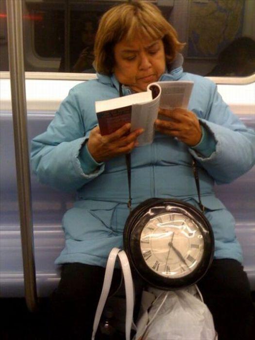 Странные люди в общественном транспорте (43 фото)