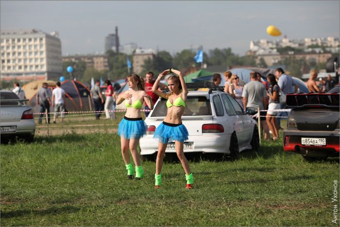 """Автомобильное шоу """"Автоэкзотика 2011"""" (79 фото)"""