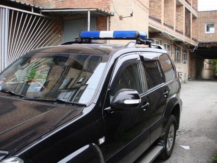 VIP-мигалка, на которую не требуется разрешение (4 фото)