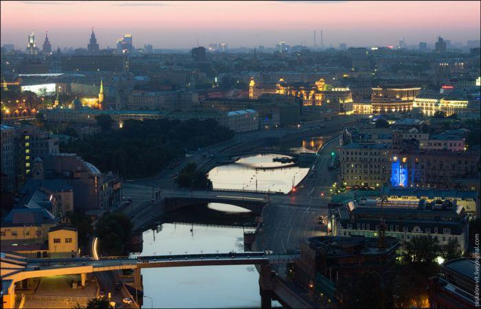Москва с памятника Петру I (24 фото)