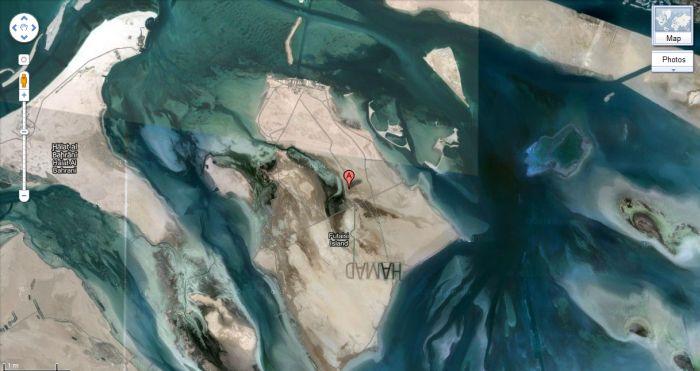 Шейх увековечил свое имя на песке (6 фото)
