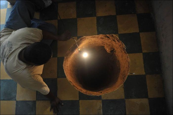 Земля уходит из под ног (2 фото)