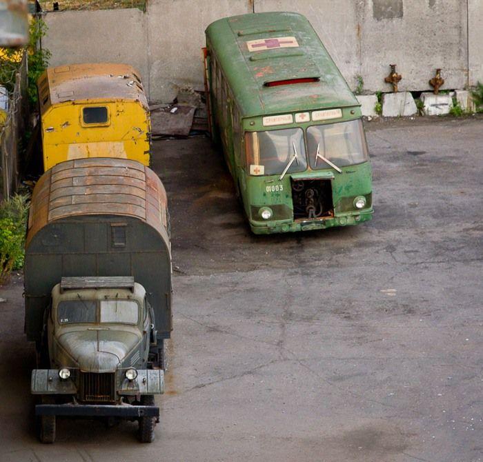 Кладбище старых автобусов (15 фото)