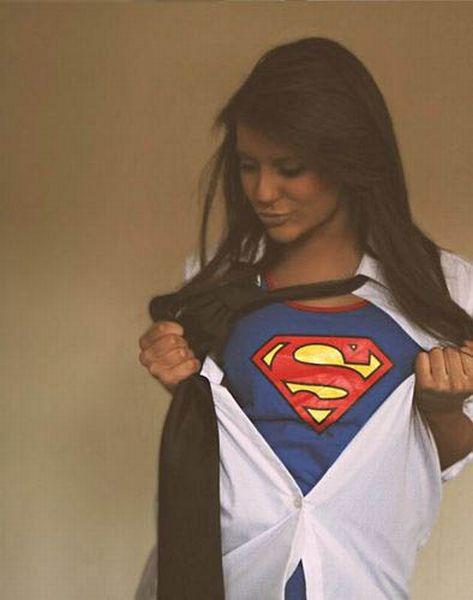 Девушки в белье супергероев (61 фото)