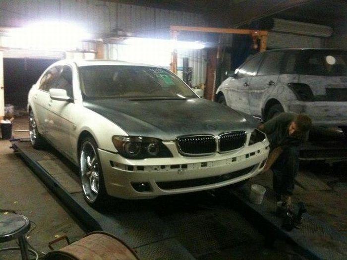 Возвращаем к жизни элитный BMW после аварии (21 фото)